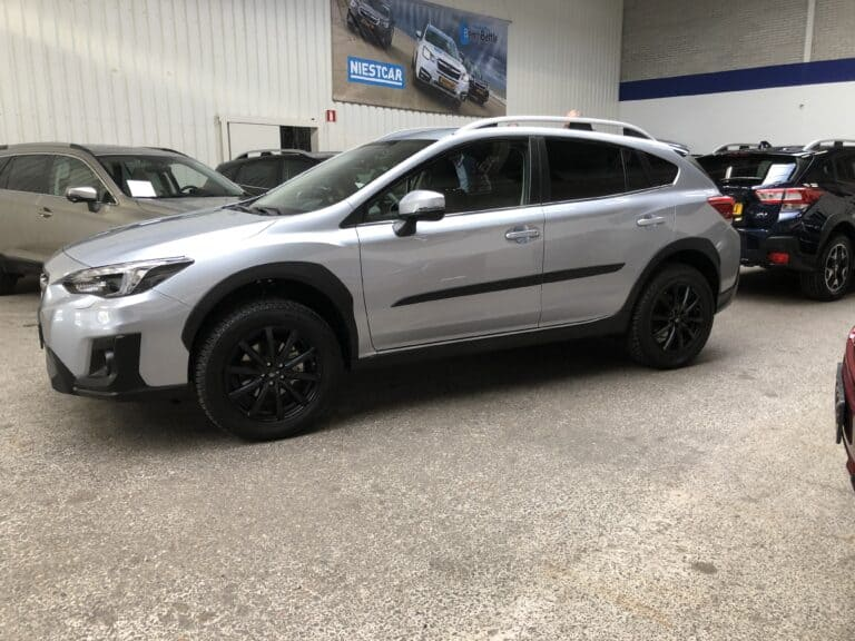 subaru xv black wheels