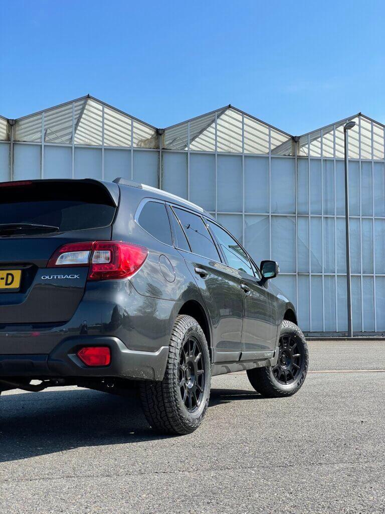 Subaru Outback liftkit offroad velgen en banden. Adventure made by niestcar, custom made subaru.